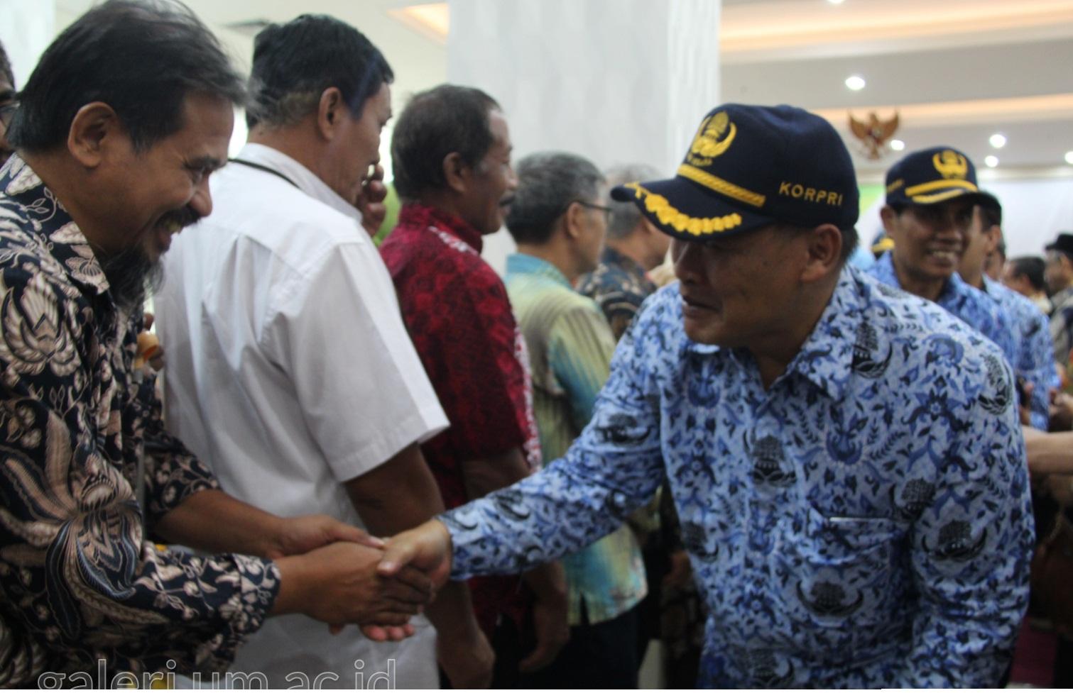 Photo of Rektor UM : Pengabdian PNS Purna Tugas Belum Berakhir