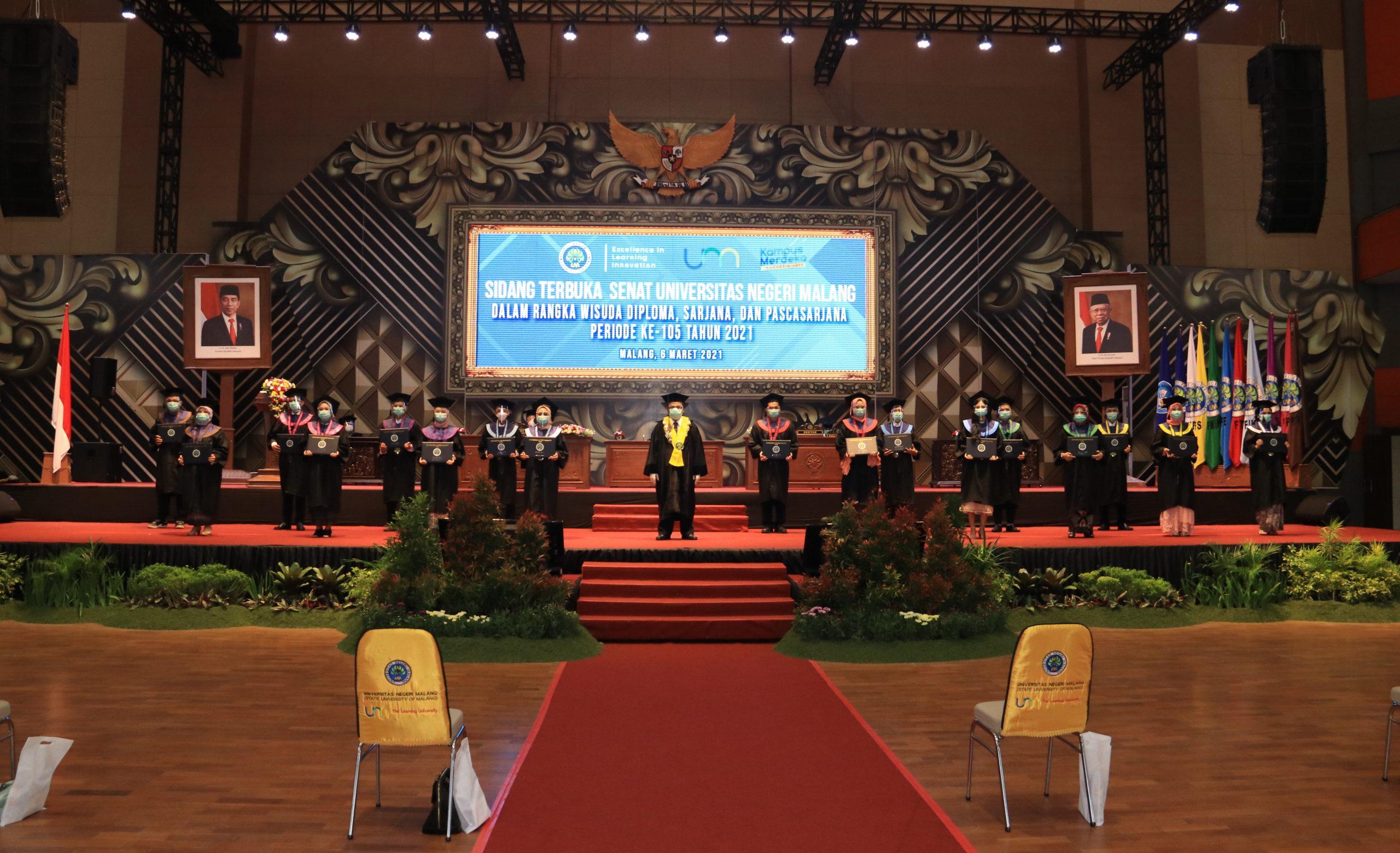Photo of Dokumentasi Wisuda Daring Universitas Negeri Malang (UM) Periode ke-105 Tahun 2021
