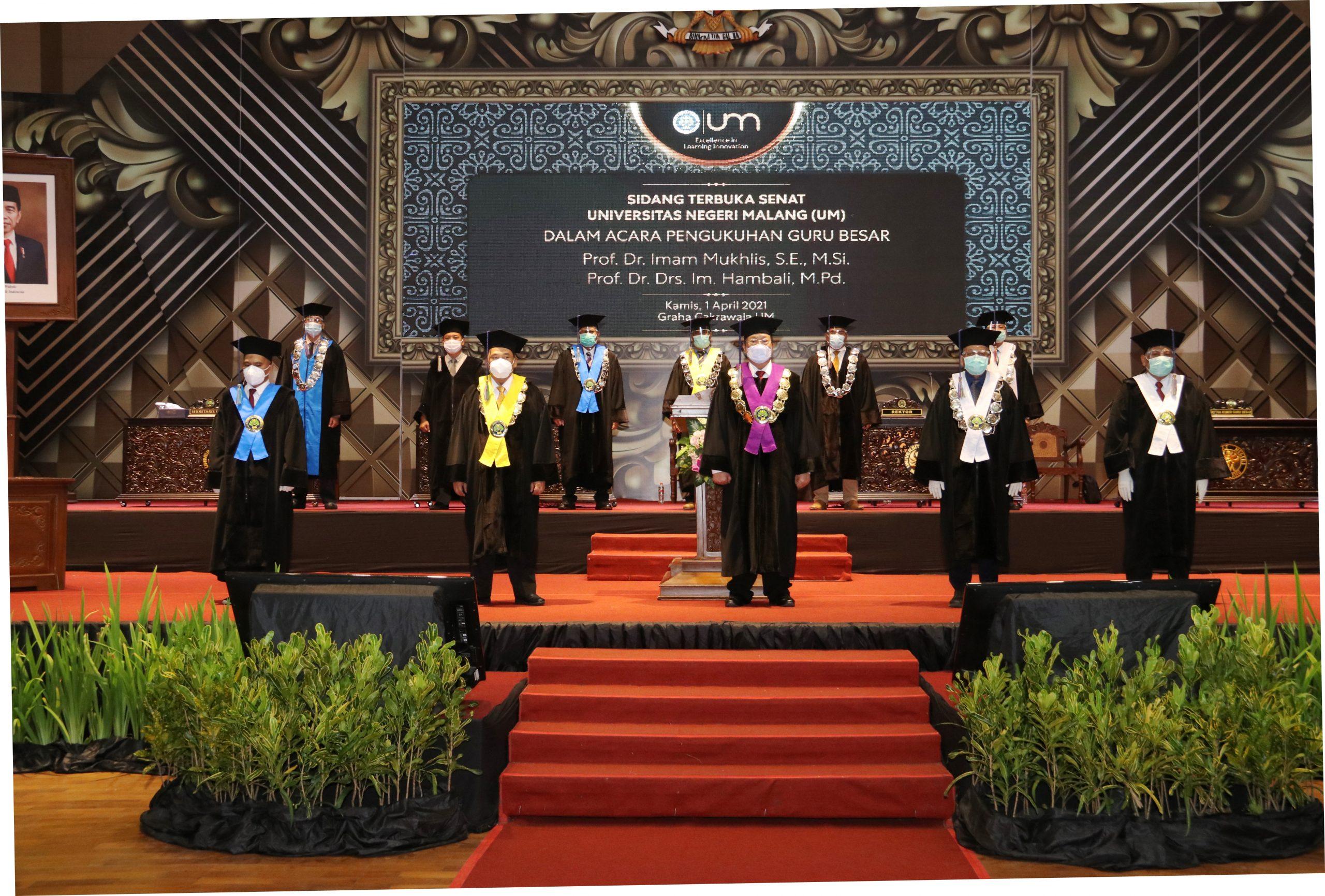 Photo of Dokumentasi Pengukuhan Dua Guru Besar Universitas Negeri Malang (UM) Prof. Dr. Imam Mukhlis, S.E., M.Si dan Prof. Dr. IM Hambali, M.Pd