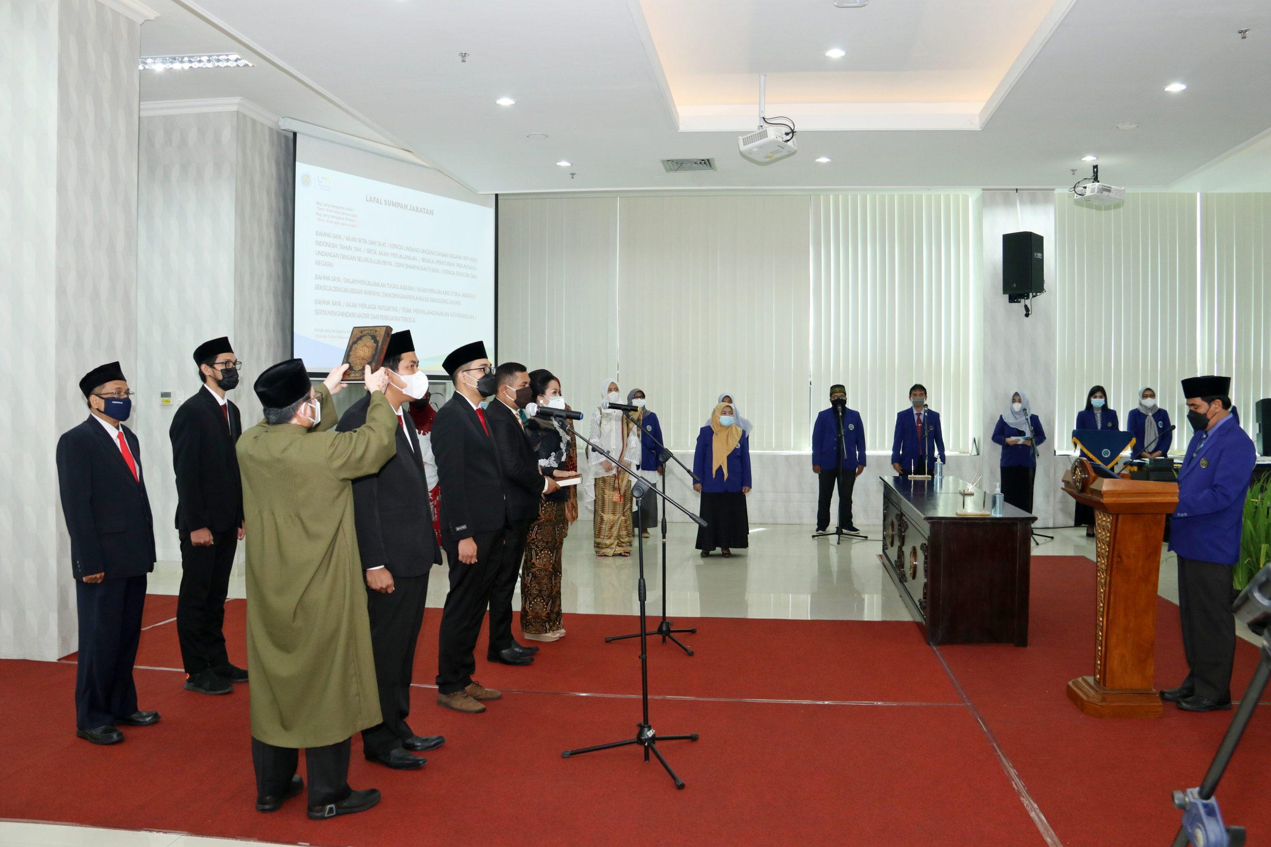 Photo of Pelantikan dan Pengambilan Sumpah Jabatan, Pejabat Dosen dengan Tugas Tambahan UM 13 April 2021