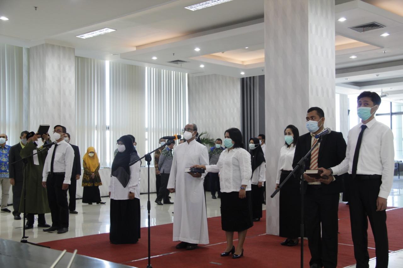 Photo of Pengambilan Sumpah/Janji PNS UM Sebagai salah Satu Bentuk Komitmen menjadi ASN